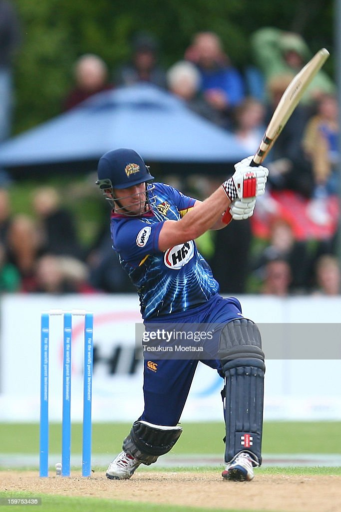 <a gi-track='captionPersonalityLinkClicked' href=/galleries/search?phrase=Neil+Broom&family=editorial&specificpeople=887253 ng-click='$event.stopPropagation()'>Neil Broom</a> of Otago hits to the onside during the HRV T20 Final match between the Otago Volts and the Wellington Firebirds at University Oval on January 20, 2013 in Dunedin, New Zealand.