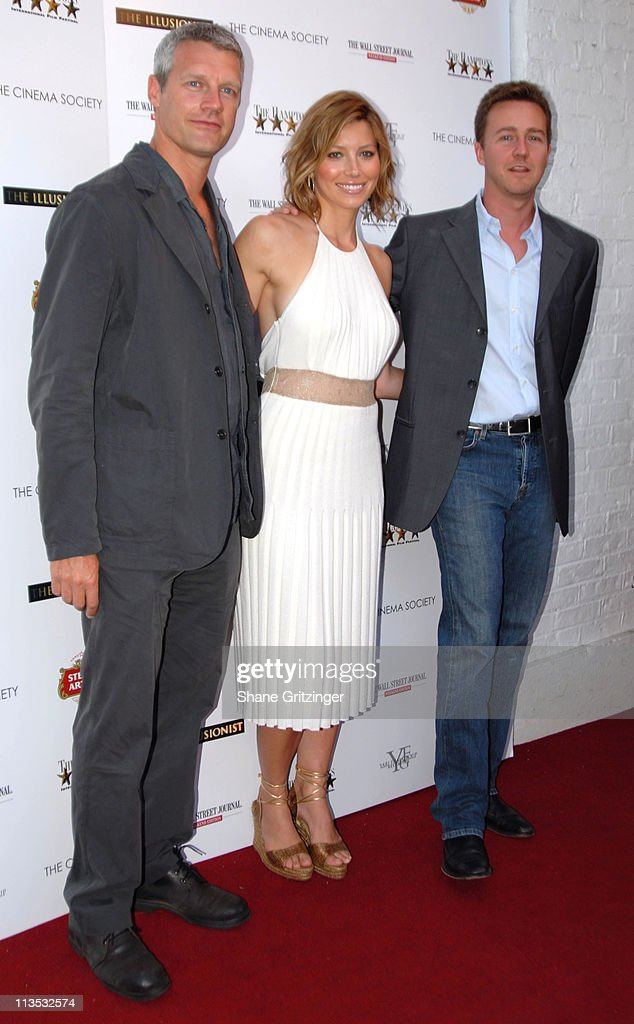 Neil Burger Jessica Biel and Edward Norton during The Cinema Society and The Wall Street Journal host 'The Illusionist' Arrivals at Southampton UA...