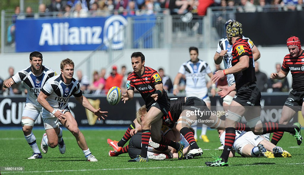 Neil De Kock of Saracens passes the ball during the Aviva Premiership match between Saracens and Bath at Allianz Park on May 04, 2013 in Barnet, England.