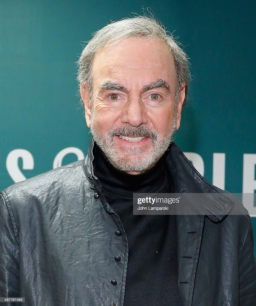 Neil Diamond 'Melody Road' CD Signing at Barnes & Noble, 5th Aven...