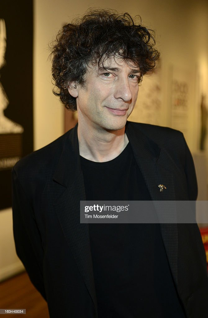 <a gi-track='captionPersonalityLinkClicked' href=/galleries/search?phrase=Neil+Gaiman&family=editorial&specificpeople=4356967 ng-click='$event.stopPropagation()'>Neil Gaiman</a> poses at the Warner Brothers TV 2013 SXSW party on March 9, 2013 in Austin, Texas.