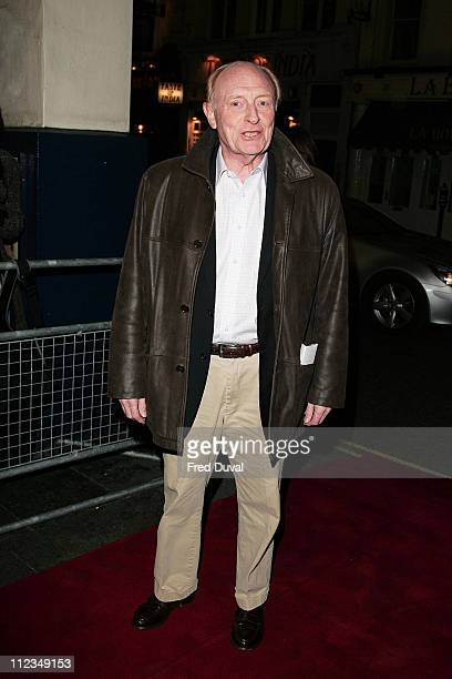 Neil Kinnock during 'An Evening for Mo and Friends' to Remember Mo Mowlam November 20 2005 at Theatre Royal Drury Lane in London Great Britain