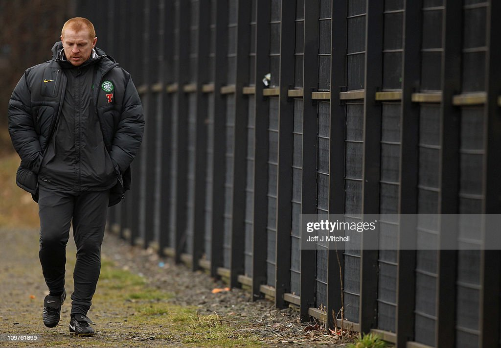 <a gi-track='captionPersonalityLinkClicked' href=/galleries/search?phrase=Neil+Lennon&family=editorial&specificpeople=642944 ng-click='$event.stopPropagation()'>Neil Lennon</a> coach of Celtic arrives at the club's Barrowfield training ground on March 4, 2011 in Glasgow, Scotland. The club have accepted a reduced four-game touchline ban handed to <a gi-track='captionPersonalityLinkClicked' href=/galleries/search?phrase=Neil+Lennon&family=editorial&specificpeople=642944 ng-click='$event.stopPropagation()'>Neil Lennon</a>, following a successful appeal against the original six-game suspension.