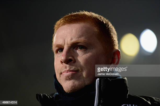Neil Lennon of Bolton Wanders looks on during the Sky Bet Championship match between Ipswich Town and Bolton Wanderers at Portman Road on March 17...