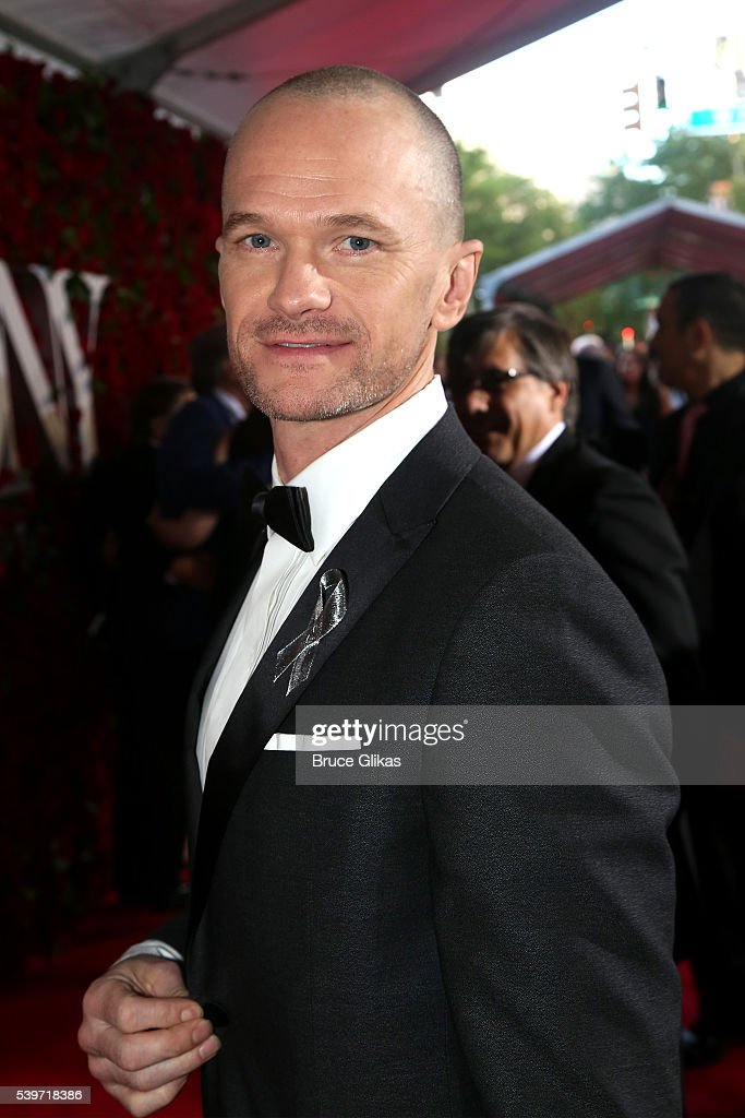 <a gi-track='captionPersonalityLinkClicked' href=/galleries/search?phrase=Neil+Patrick+Harris&family=editorial&specificpeople=210509 ng-click='$event.stopPropagation()'>Neil Patrick Harris</a> attends 70th Annual Tony Awards - Arrivals at Beacon Theatre on June 12, 2016 in New York City.