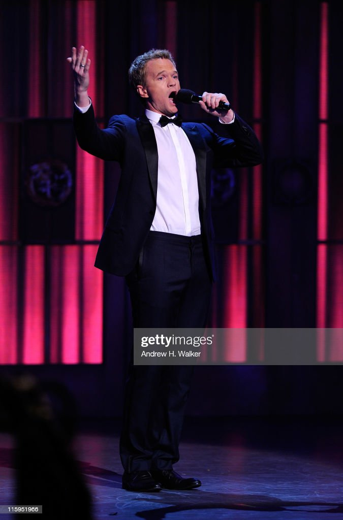 <a gi-track='captionPersonalityLinkClicked' href=/galleries/search?phrase=Neil+Patrick+Harris&family=editorial&specificpeople=210509 ng-click='$event.stopPropagation()'>Neil Patrick Harris</a> performs on stage during the 65th Annual Tony Awards at the Beacon Theatre on June 12, 2011 in New York City.
