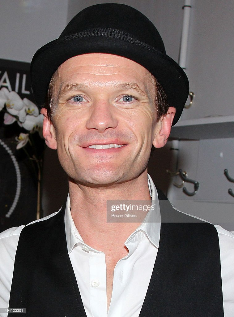 <a gi-track='captionPersonalityLinkClicked' href=/galleries/search?phrase=Neil+Patrick+Harris&family=editorial&specificpeople=210509 ng-click='$event.stopPropagation()'>Neil Patrick Harris</a> poses backstage at 'Hedwig and The Angry Inch' on Broadway at The Belasco Theater on May 27, 2014 in New York City.