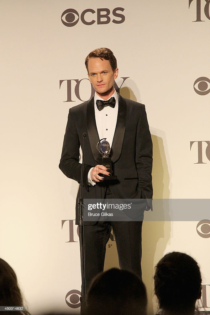<a gi-track='captionPersonalityLinkClicked' href=/galleries/search?phrase=Neil+Patrick+Harris&family=editorial&specificpeople=210509 ng-click='$event.stopPropagation()'>Neil Patrick Harris</a>, winner of Tony Award For Best Actor In A Musical for 'Hedwig And The Angry Inch' speaks in the press room during the American Theatre Wing's 68th Annual Tony Awards at Radio City Music Hall on June 8, 2014 in New York City.