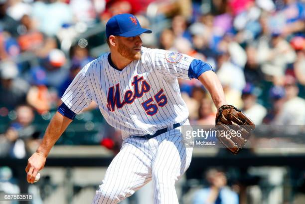 Neil Ramirez of the New York Mets in action against the Los Angeles Angels of Anaheim at Citi Field on May 21 2017 in the Flushing neighborhood of...