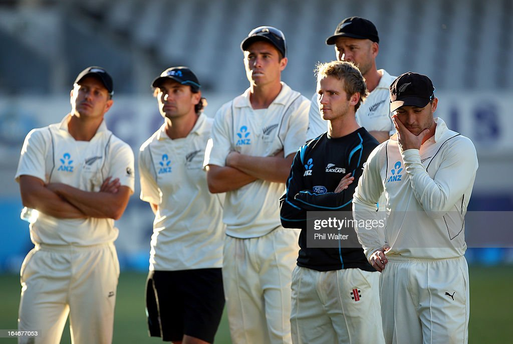 Neil Wagner, Dean Brownlie,<a gi-track='captionPersonalityLinkClicked' href=/galleries/search?phrase=Tim+Southee&family=editorial&specificpeople=4205733 ng-click='$event.stopPropagation()'>Tim Southee</a>, <a gi-track='captionPersonalityLinkClicked' href=/galleries/search?phrase=Kane+Williamson&family=editorial&specificpeople=4738503 ng-click='$event.stopPropagation()'>Kane Williamson</a>, <a gi-track='captionPersonalityLinkClicked' href=/galleries/search?phrase=Brendon+McCullum&family=editorial&specificpeople=208154 ng-click='$event.stopPropagation()'>Brendon McCullum</a> and <a gi-track='captionPersonalityLinkClicked' href=/galleries/search?phrase=Peter+Fulton&family=editorial&specificpeople=658568 ng-click='$event.stopPropagation()'>Peter Fulton</a> of New Zealand look dissapointed following day five of the Third Test match between New Zealand and England at Eden Park on March 26, 2013 in Auckland, New Zealand.