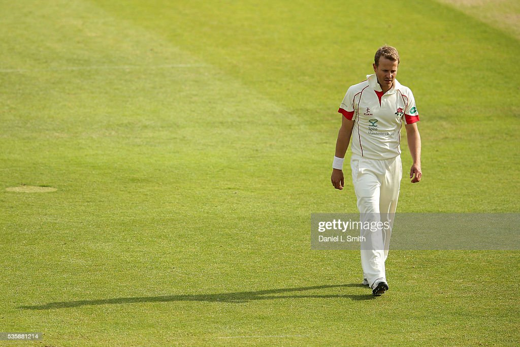Neil Wagner of Lancashire prepares for another delivery during day two of the Specsavers County Championship: Division One match between Yorkshire and Lancashire at Headingley on May 30, 2016 in Leeds, England.