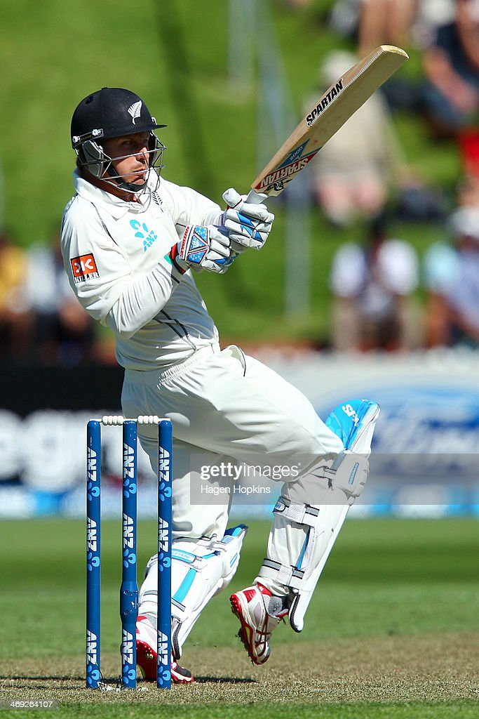 Neil Wagner of New Zealand bats during day one of the 2nd Test match between New Zealand and India on February 14, 2014 in Wellington, New Zealand.