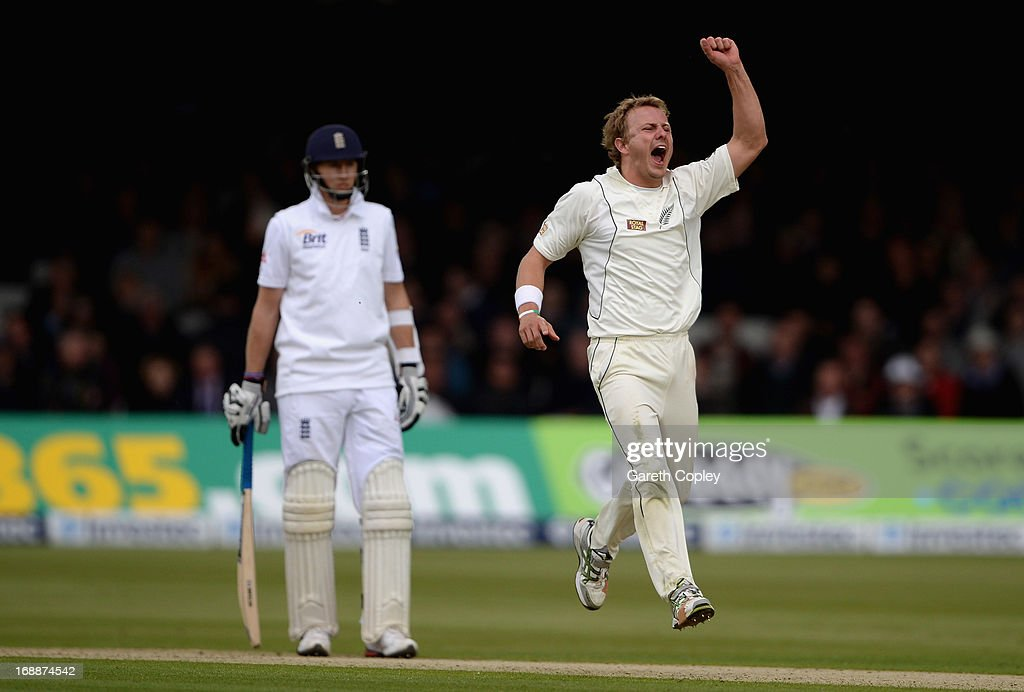 Neil Wagner of New Zealand celebrates dismissing Ian Bell of England during day one of 1st Investec Test match between England and New Zealand at Lord's Cricket Ground on May 16, 2013 in London, England.