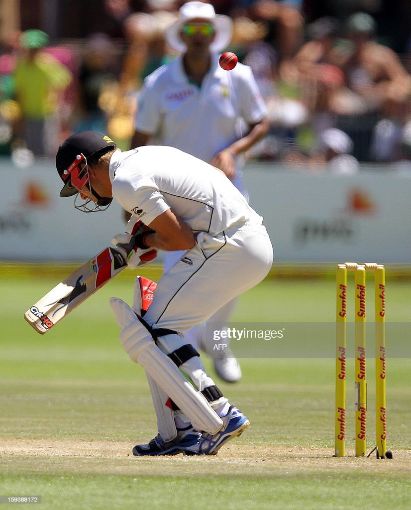 Neil Wagner of New Zealand is almost hit by a ball on the third day of the second and final test match between South Africa and New Zealand at the Axxess St George's Cricket Stadium on January 13, 2013 in Port Elizabeth. AFP Photo / Anesh Debiky