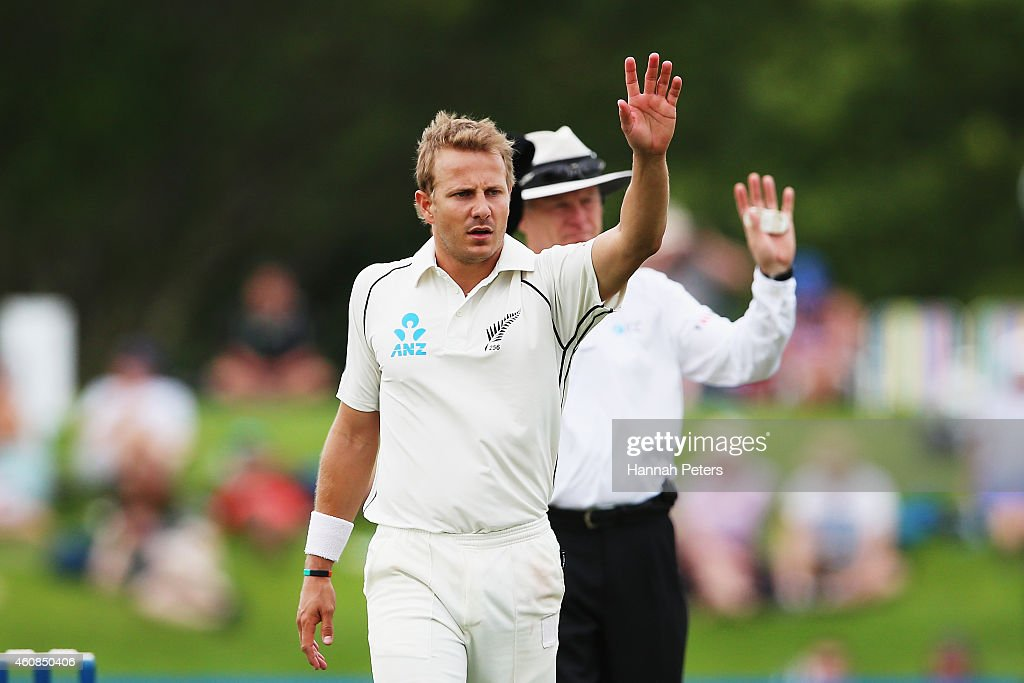 Neil Wagner of New Zealand waves to security during day two of the First Test match between New Zealand and Sri Lanka at Hagley Oval on December 27, 2014 in Christchurch, New Zealand.