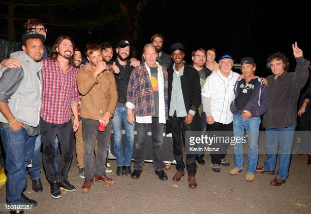 Neil Young Crazy Horse Dave Grohl The Black Keys Band of Horses and K'naan pose backstage at Global Citizen Festival in Central Park to end extreme...