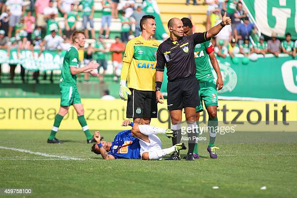 Neilton of Cruzeiro reacts during a match between Chapecoense and Cruzeiro for the Brazilian Series A 2014 at Arena Conda Stadium on November 30 2014...