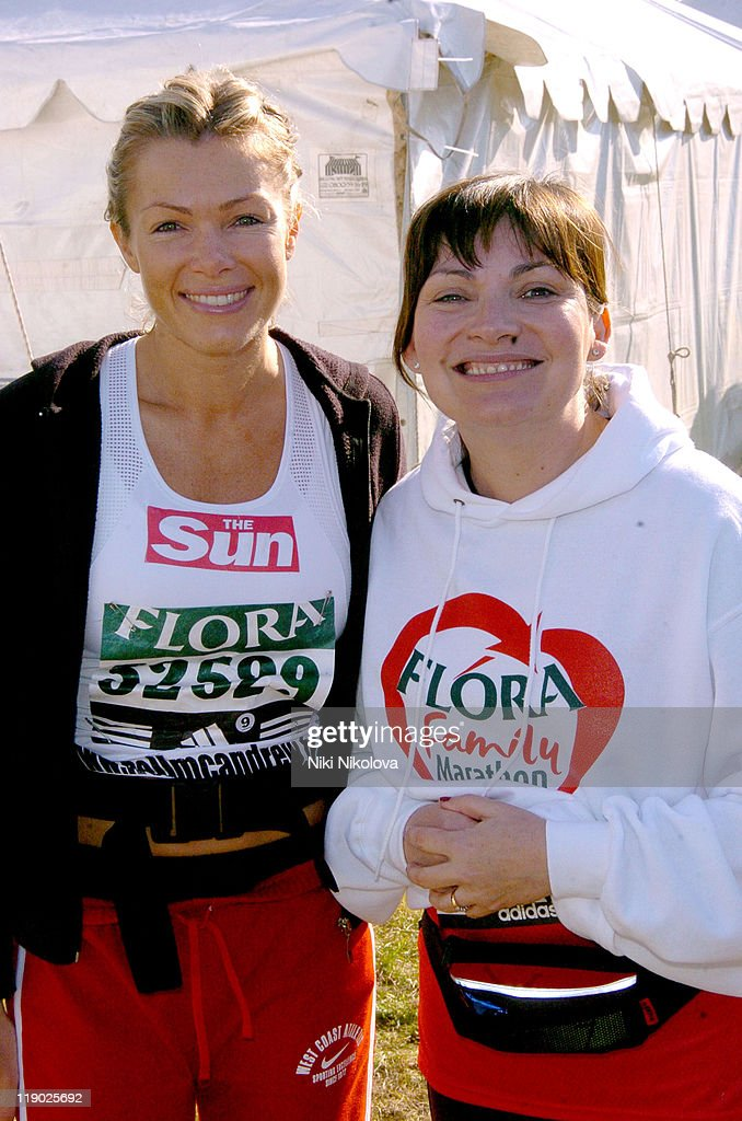 Nell McAndrew and Lorraine Kelly during 2005 Flora London Marathon at The Mall in London Great Britain