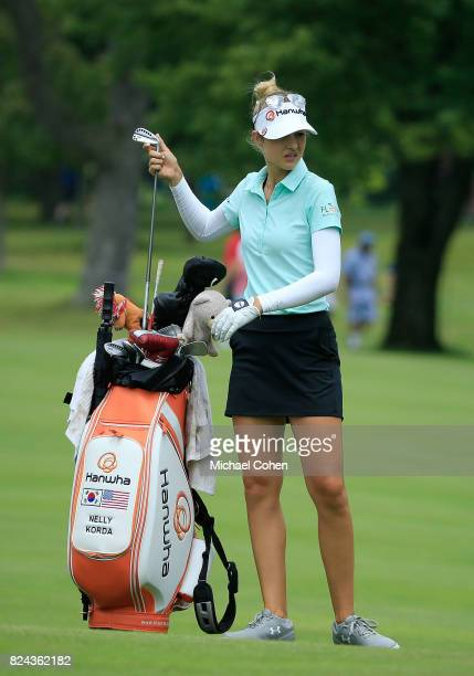 Nelly Korda pulls a club from her golf bag during the fourth and final round of the Marathon Classic Presented By Owens Corning And OI held at...