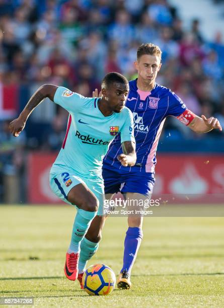 Nelson Cabral Semedo of FC Barcelona is followed by Alexander Szymanowski of CD Leganes during the La Liga 201718 match between CD Leganes vs FC...