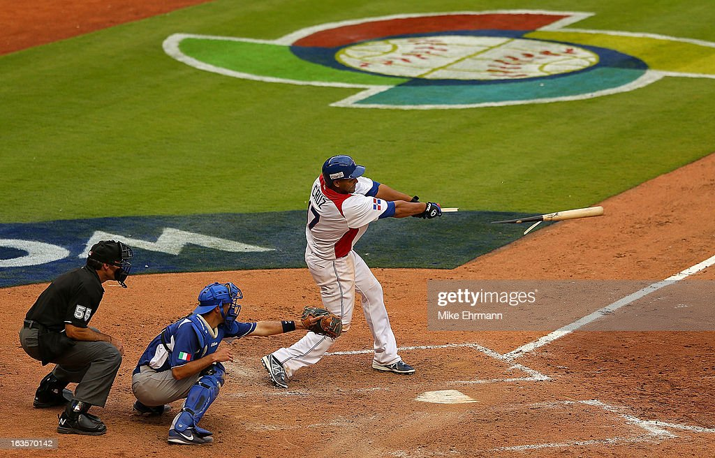 Nelson Cruz #17 of the Dominican Republic hits a go ahead RBI single during a World Baseball Classic second round game against Italy at Marlins Park on March 12, 2013 in Miami, Florida.