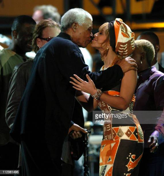 Nelson Mandela and Beyonce during '46664 Give 1 Minute Of Your Life To AIDS' Concert Show at Greenpoint Stadium in Cape Town Western Cape South Africa
