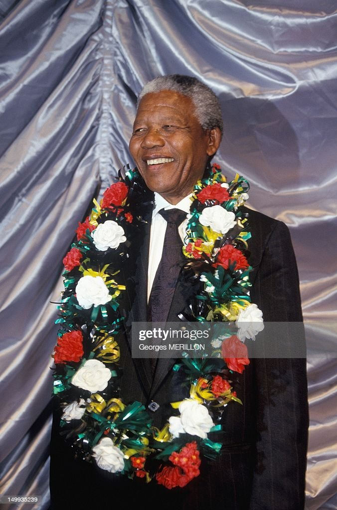 <a gi-track='captionPersonalityLinkClicked' href=/galleries/search?phrase=Nelson+Mandela&family=editorial&specificpeople=118613 ng-click='$event.stopPropagation()'>Nelson Mandela</a> campaigning on March 15, 1994, South Africa.