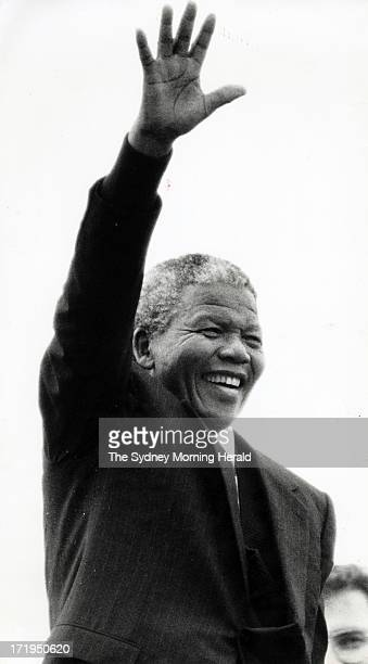 Nelson Mandela on the steps of the Opera House waves to the crowd 24th October 1990