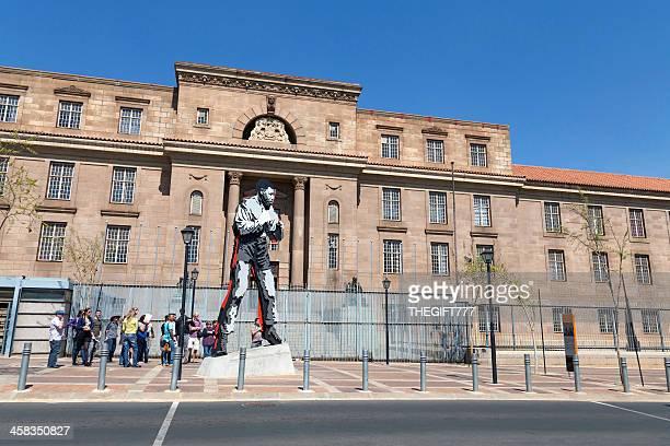 Nelson Mandela Statua come pugile