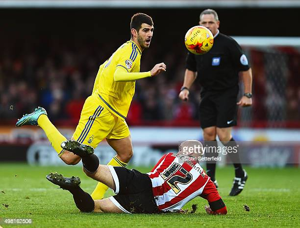 Nelson Oliveira of Nottingham Forest and Alan McCormack of Brentford during the Sky Bet Championship match between Brentford and Nottingham Forest at...