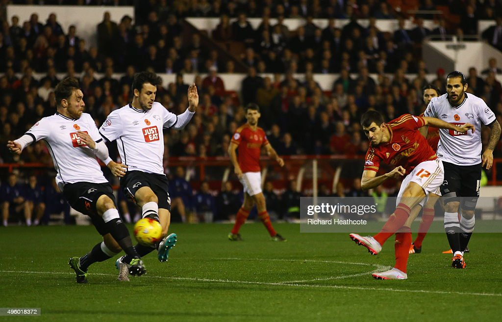 Nelson Oliveira of Nottingham Forest (17) scores their first goal during the Sky Bet Championship match between Nottingham Forest and Derby County at City Ground on November 6, 2015 in Nottingham, England.