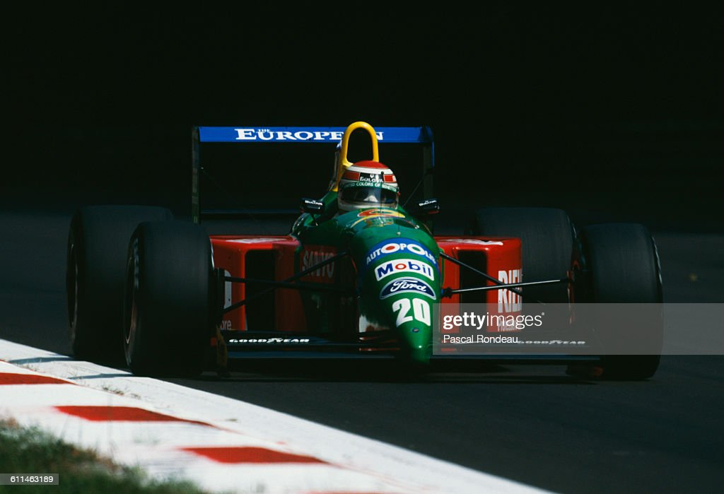 Nelson Piquet of Brazil drives the #20 Benetton Formula Benetton B190 Ford V8 during practice for the Italian Grand Prix on 8 September 1990 at the Autodromo Nazionale Monza near Monza, Italy.