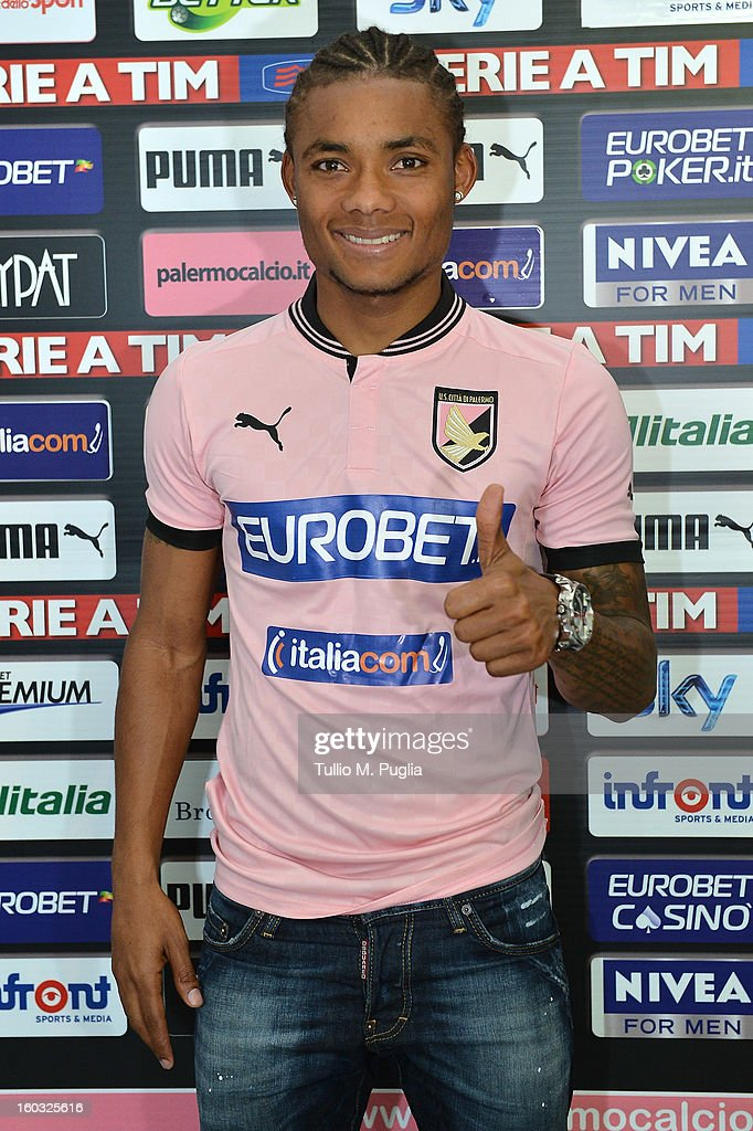 Nelson poses wearing his new team shirt during his presentation as new players of Palermo at Tenente Carmelo Onorato Sports Center on January 29, 2013 in Palermo, Italy.