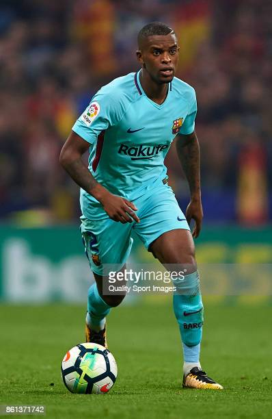 Nelson Semedo of Barcelona runs with the ball during the La Liga match between Atletico Madrid and Barcelona at Estadio Wanda Metropolitano on...
