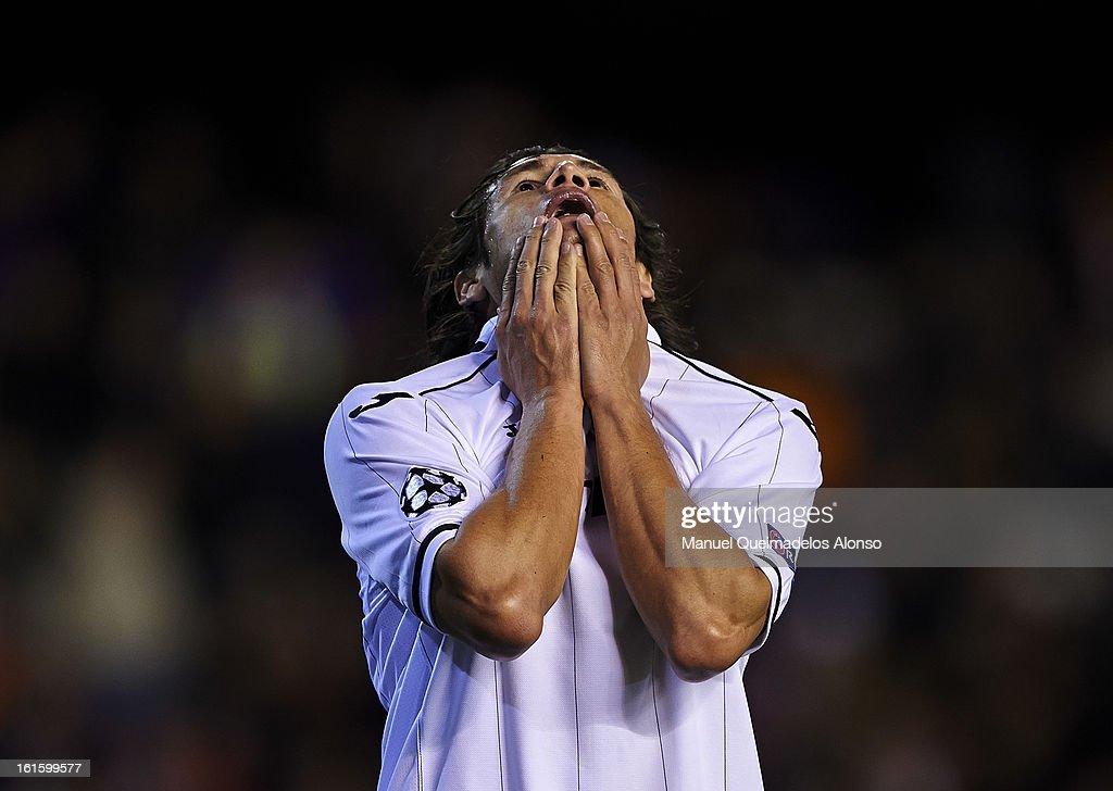 Valencia v Paris St Germain - UEFA Champions League Round of 16
