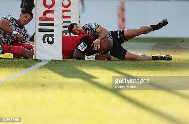 Nemani Nadolo of the Crusaders scores a try during the round nine Super Rugby match between the Brumbies and the Crusaders at GIO Stadium on April 24...