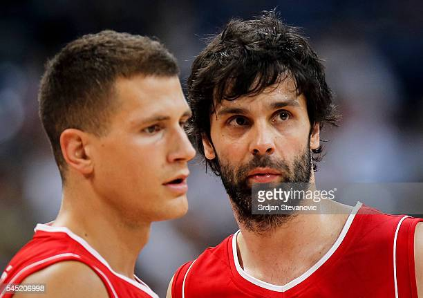 Nemanja Nedovic and Milos Teodosic of Serbia talk during the 2016 FIBA World Olympic Qualifying basketball Group A match between Angola and Serbia at...