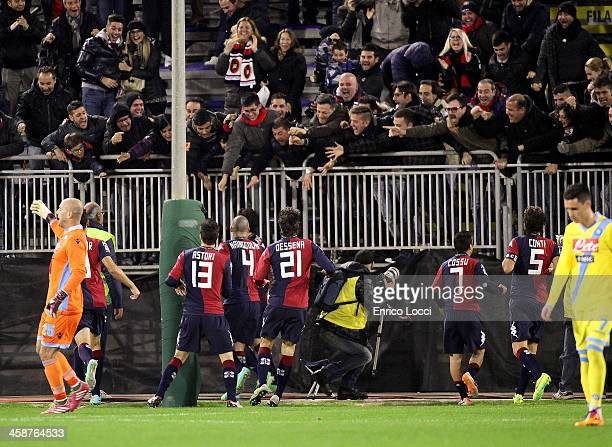 Nenè of Cagliari celebrates with teammates after scoring a goal during the Serie A match between Cagliari Calcio and SSC Napoli at Stadio Sant'Elia...