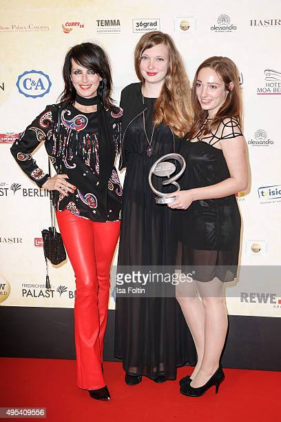 Nena and the award winners Namaste GmbH attend the 1st Act Now Jugend Award at FriedrichstadtPalast on November 2 2015 in Berlin Germany