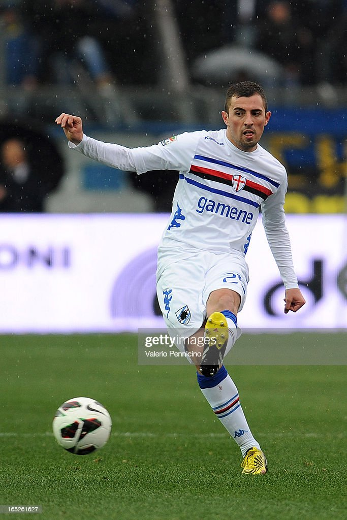 Nenad Krsticic of UC Sampdoria in action during the Serie A match between Atalanta BC and UC Sampdoria at Stadio Atleti Azzurri d'Italia on March 30, 2013 in Bergamo, Italy.
