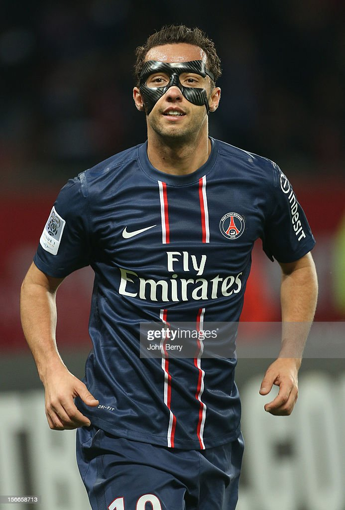 Nene of PSG in action during the french Ligue 1 match between Paris Saint Germain FC and Stade Rennais FC at the Parc des Princes stadium on November 17, 2012 in Paris, France.