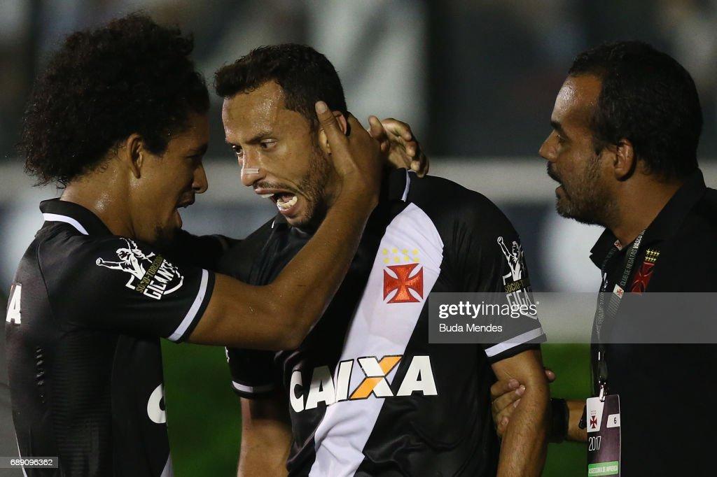 Vasco da Gama v Fluminense - Brasileirao Series A 2017