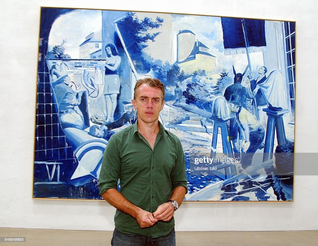 <a gi-track='captionPersonalityLinkClicked' href=/galleries/search?phrase=Neo+Rauch&family=editorial&specificpeople=5589887 ng-click='$event.stopPropagation()'>Neo Rauch</a>, Maler - vor seinem Werk 'Das Blaue' in der Galerie Eigen+Art in Leipzig Plagwitz