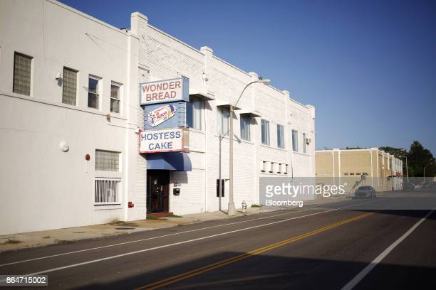 Neon signage is displayed outside of the former Hostess Brands Inc Wonder Bread plant in Memphis Tennessee US on Tuesday Oct 3 2017 The nowvacant...