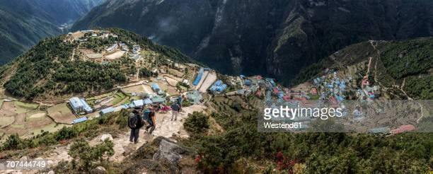 Nepal, Himalaya, Khumbu, Everest region, trekkers and Namche Bazar