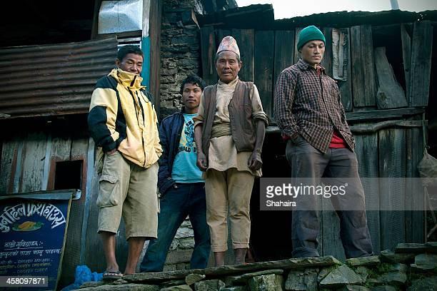 ネパール人ポーター
