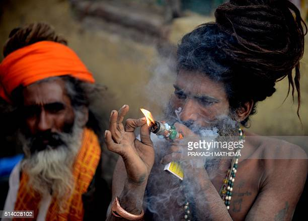 charaa hindu singles Today's news headlines, breaking news & latest news from india and world, news from politics, sports, business, arts and entertainment.