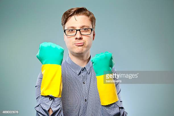 Nerdy guy ready to get cleaning