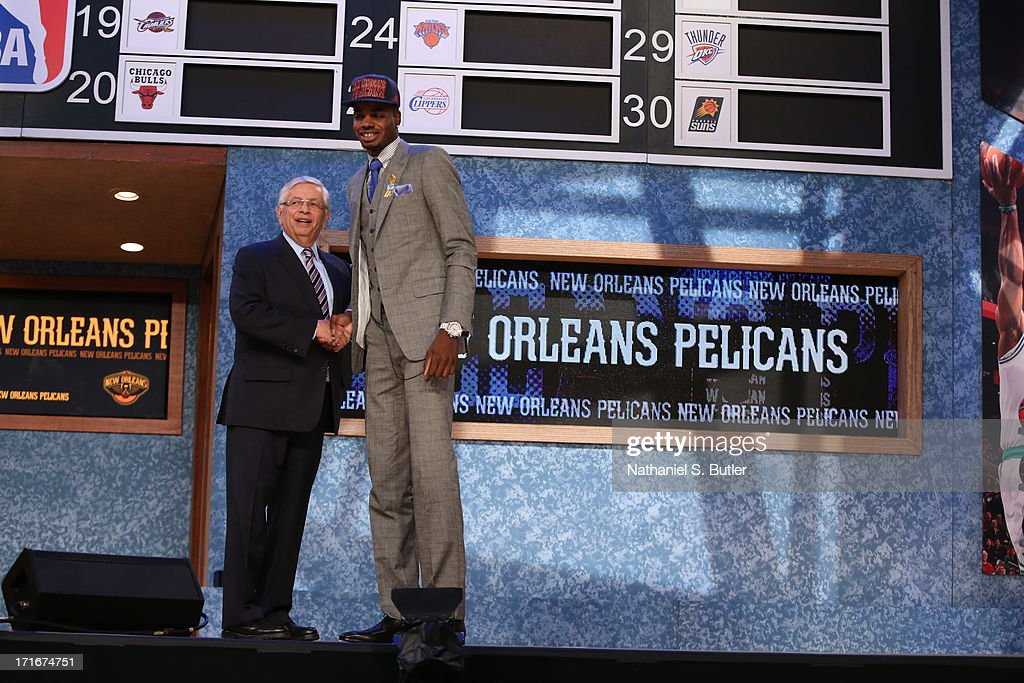 Nerlens Noel shakes hands with NBA Commissioner, David Stern after being selected number six overall by the New Orleans Pelicans during the 2013 NBA Draft on June 27, 2013 at Barclays Center in Brooklyn, New York.