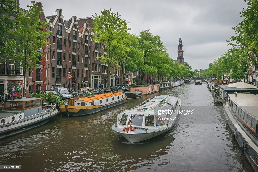 Netherlands, Amsterdam, Princes Canal, tourist boat